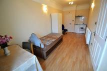 Studio apartment in St Johns Road, Ilford