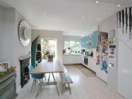 3 bedroom property in Rosslyn Avenue, Barnes