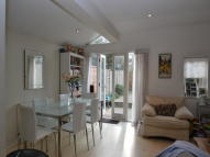 Flat to rent in Ashleigh Road, Barnes...