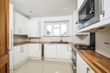3 bed Flat to rent in Castelnau, Barnes, SW13