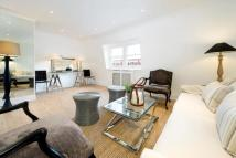 Flat to rent in Nassau Street...