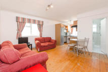 1 bed Flat in St. Stephens Avenue...