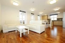 4 bedroom Flat to rent in North Road Brentford TW8