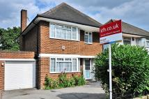 4 bedroom property to rent in Corringway Ealing W5