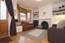 3 bedroom property in Green Avenue Ealing W13