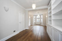 4 bedroom home in Swanscombe Road, Chiswick