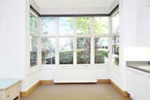 Studio flat to rent in Thornton Avenue, Chiswick