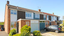 3 bedroom semi detached property in Gordon Road