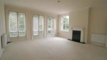 2 bedroom Flat in Thames Street, Windsor