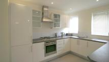 2 bed Apartment in Thames Street