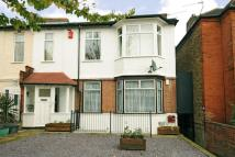 3 bedroom Flat for sale in Worbeck Road, Anerley...