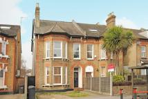 2 bed Flat in Portland Road...