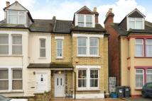4 bed semi detached house in Saxon Road, South Norwood