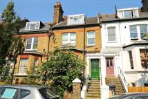 2 bed Flat in Whiteley Road...