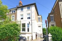 Versailles Road Flat for sale