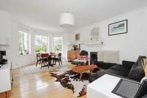 2 bedroom Flat for sale in Lunham Road...