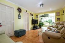 4 bed Terraced home in Alverston Gardens...