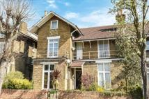 Flat for sale in Oliver Grove...