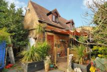 2 bedroom Detached property in Station Road, Penge