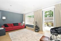 3 bed Apartment to rent in Seymour Villas Anerley...