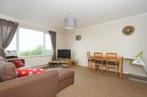 2 bedroom Flat to rent in South Norwood Hill South...