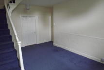 Flat to rent in Axminster
