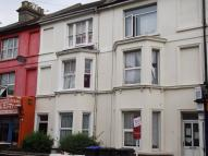 Studio flat to rent in Teville Road, Worthing...
