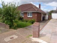 2 bedroom Semi-Detached Bungalow to rent in Greenoaks, Lancing...
