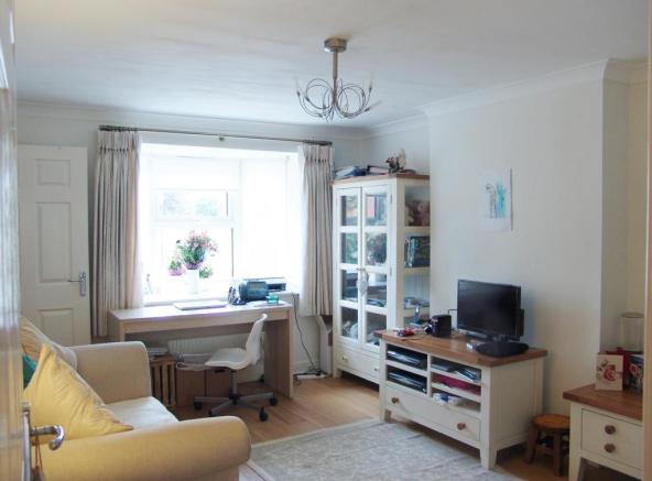 Three bed house In Barnham
