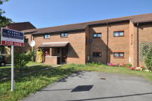 3 bedroom property in Verona Close, Cowley...