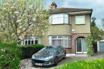 3 bed house in Cotswold Close, Uxbridge...