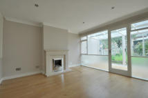 2 bedroom property to rent in Frays Lea, Uxbridge...