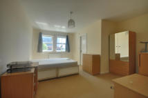 2 bedroom Apartment to rent in Morton Close, Hillingdon...