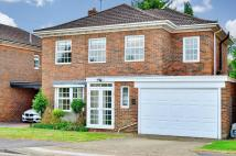 4 bed Detached property to rent in Fairmark Drive...