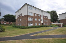 2 bed Flat to rent in Keith Park Road...