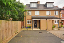 4 bedroom house in Albacore Way, Hayes...