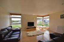 2 bed Flat in Denham Lodge...