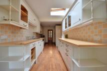 4 bed house to rent in Fairfield Road, Uxbridge...