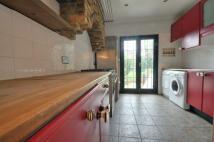 Flat to rent in Harefield Road, Uxbridge...