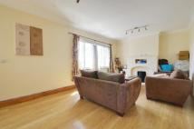 3 bedroom Apartment to rent in Park Court, Park Road...