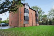 Studio flat to rent in Amberley Way, Uxbridge...
