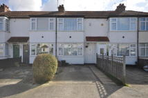 2 bedroom house in Lynhurst Road...