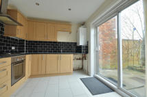 2 bed house in Hambledon Close...