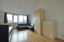 Studio flat in Colley House, Uxbridge...