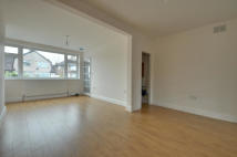 3 bed property to rent in Waverley Close, Hayes...