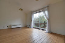 house to rent in Braybourne Close...