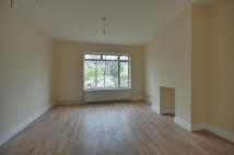 6 bed property to rent in New Peachey Lane...
