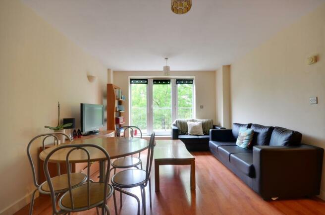 2 Bedroom Apartment To Rent In High Street Uxbridge Ub8