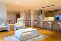5 bedroom Apartment to rent in Dolphin House...