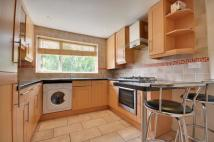 Maisonette to rent in Fontwell Close...